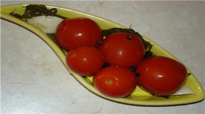 Маринованные помидоры особенные