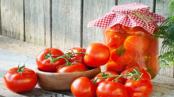 Аппетитные помидоры в масле