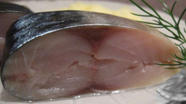 Рыба соленая под лососину
