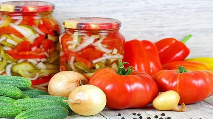 Быстрый овощной салат на зиму