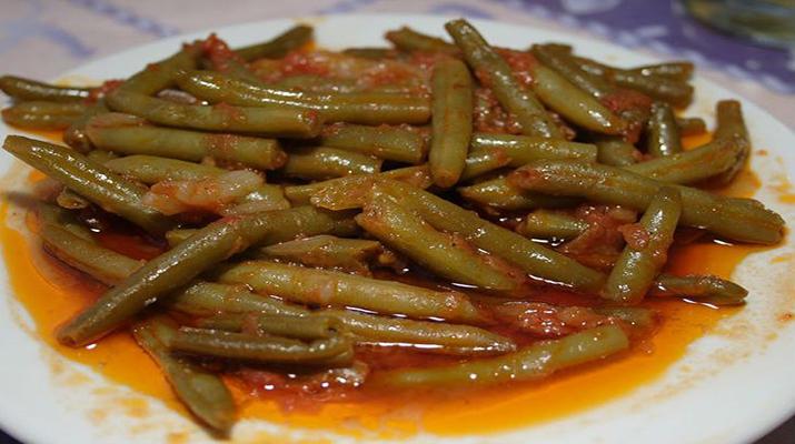 Стручковая фасоль в томатном соусе на зиму