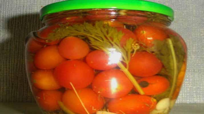 Консервируем сладкие помидоры