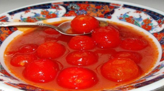 Консервированные помидоры в томате