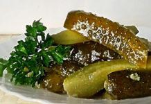 Набор для оливье из зеленого горошка и огурцов