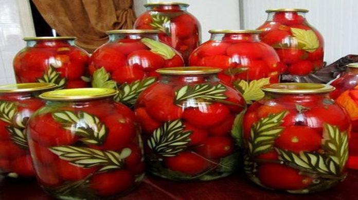 Маринованные огурцы и помидоры на зиму